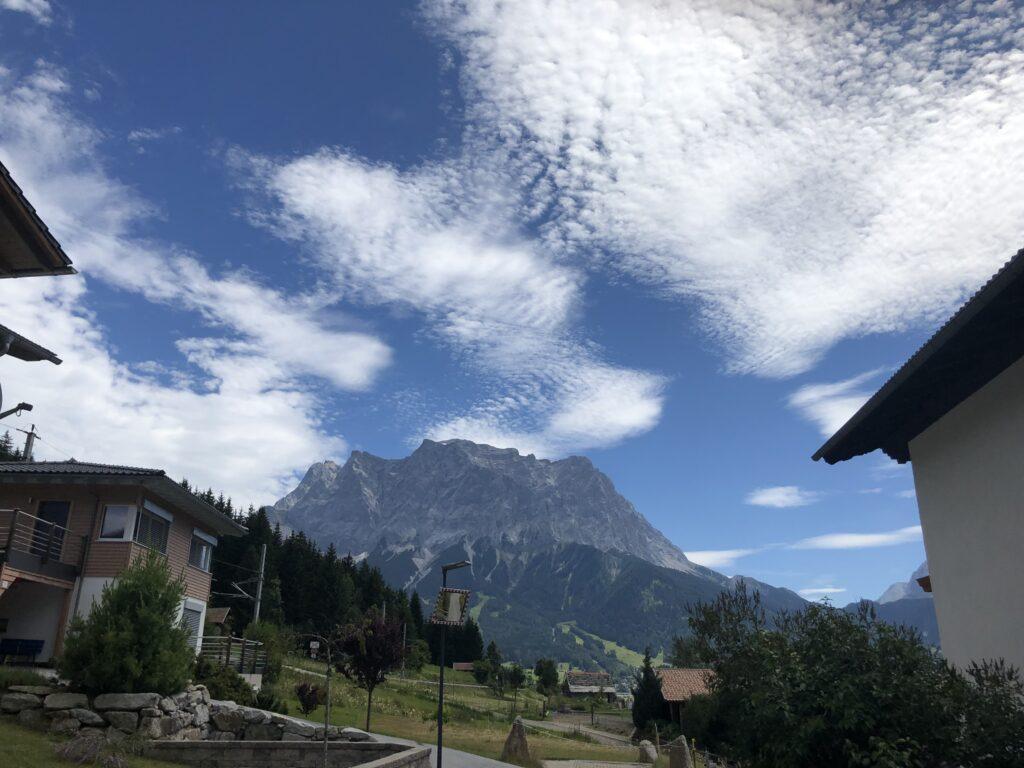 Ein Blick auf die Zugspitze